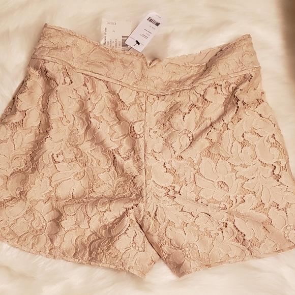 Diane Von Furstenberg Pants - Diane Von Furstenberg lace shorts size 10 NWT